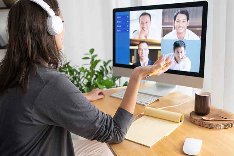 How To Deliver An Effective Remote Presentation