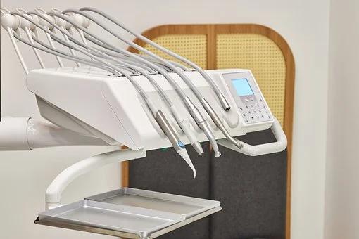 Dentist's suction equipment